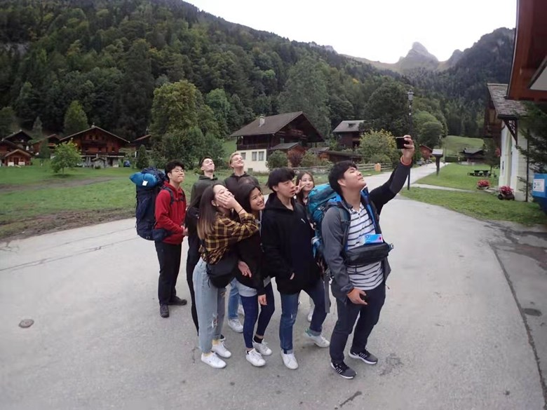 Group 2 Y13 Switzerland Oct 7