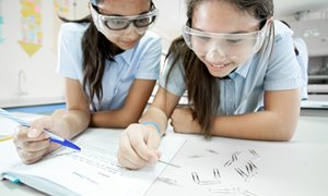 Science at boarding school in Thailand | Regents International School Pattaya