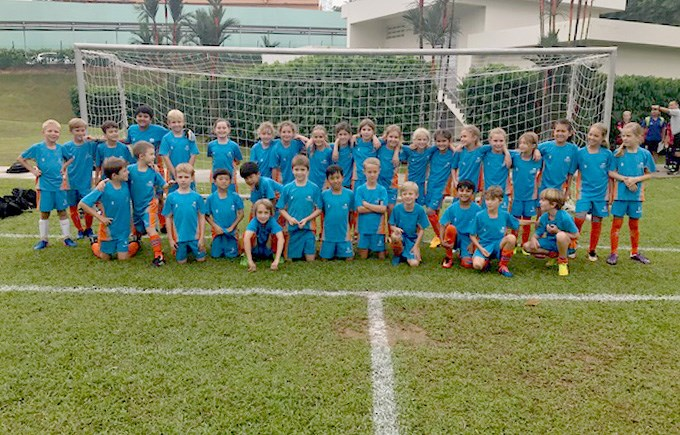 DCIS Lionesses and Lions U9 Football Teams