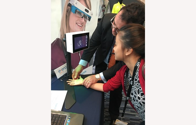 BIS Students at the Wearable Technologies Conference 2016 6
