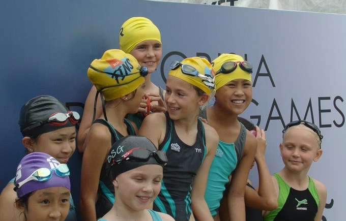 DCIS U11 FOBISIA Swim Team