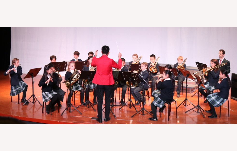 Christmas 10 - Junior Wind Band