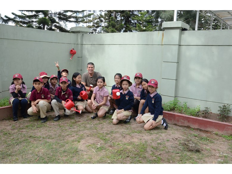 Community-service-BVIS-Hanoi-Students
