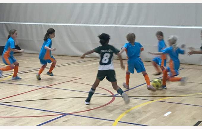 U8 Girls Football at SAS 2017
