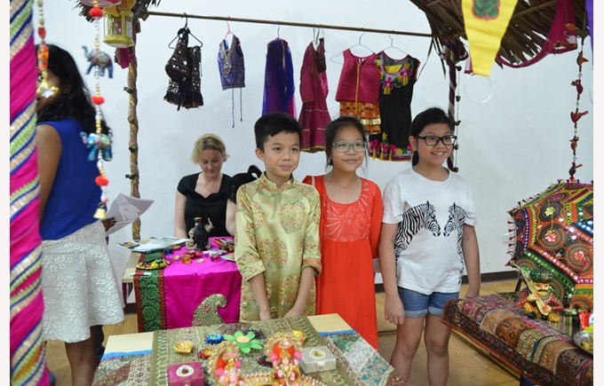 Primary International Fair 8