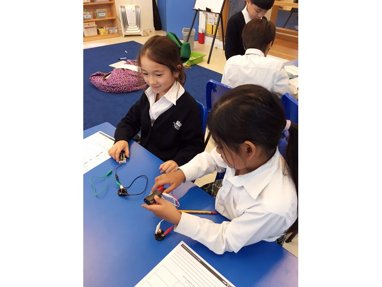 Y4 learning about electricity
