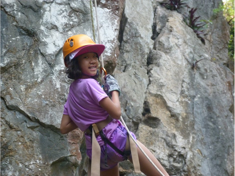 One girl abseiling Year 5 in Hoi An