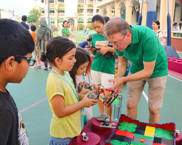 BISHCMC Family Fun Evening-23-min