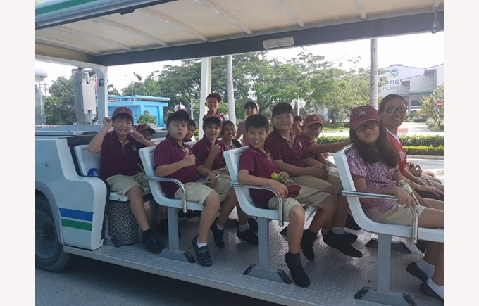 TX's Year 5 students visit Vietnam Waste Solutions Facility 2 (640x480)