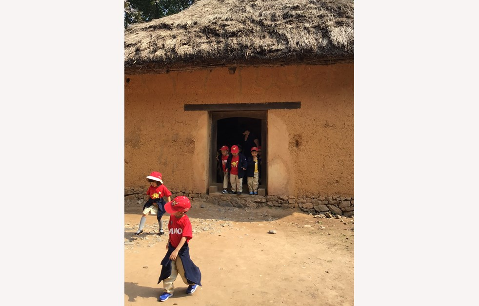 F3 visit to Vietnam Museum of Ethnology 4