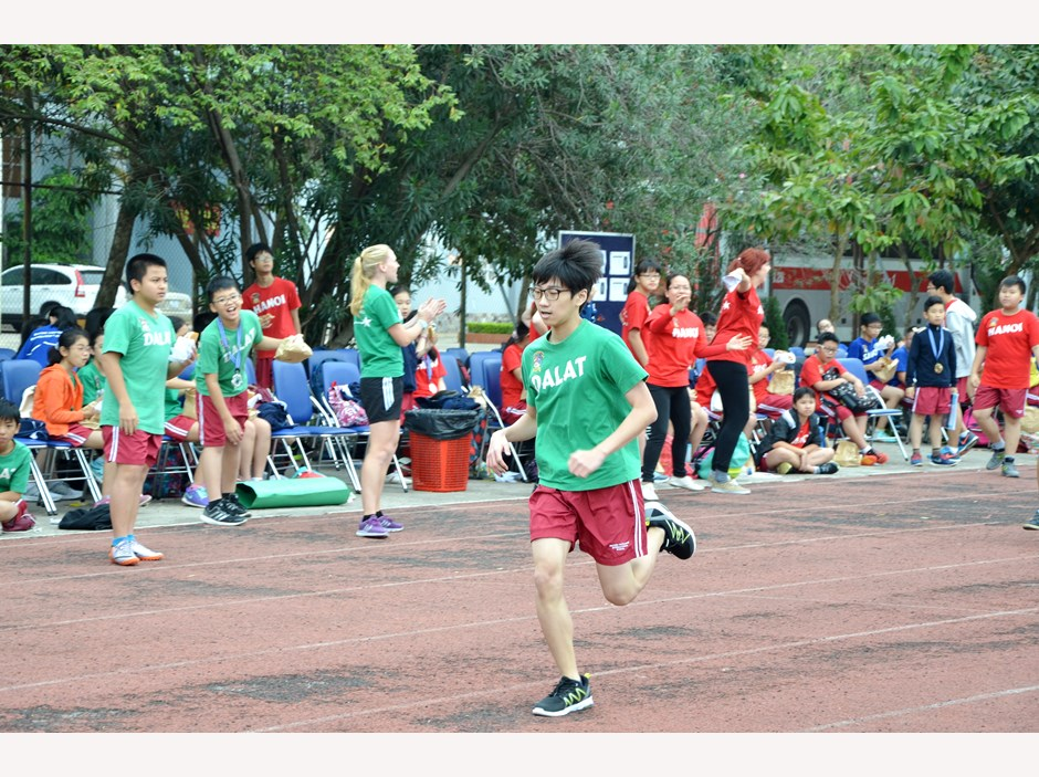 BVIS Hanoi Watch Us Secondary Sports Day 2016 (6)