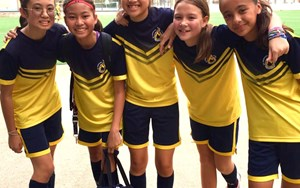 u13 girls blaze football