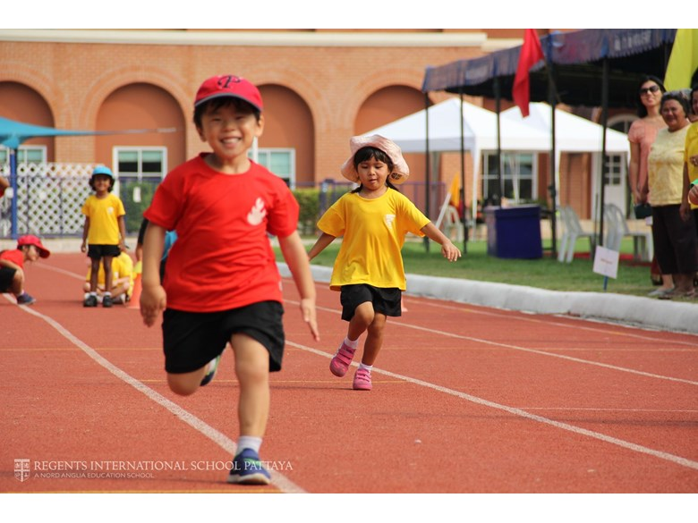 Sports Day 2016 for boarding school and day students | Regents International School Pattaya