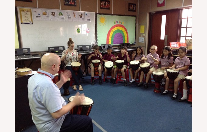 Drumming workshop with UK percussionist Andy Gleadhill 2