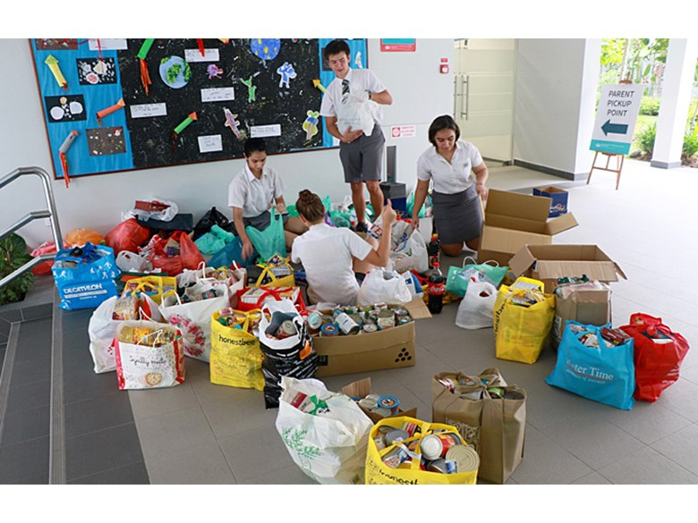 DCIS Food Drive