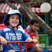 Outdoor play in the playground | NIS international school Jakarta