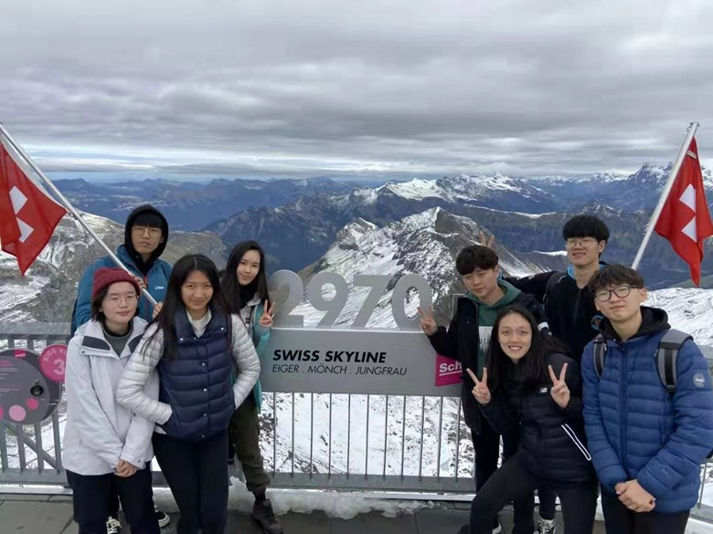 Group 1 Oct 8 Year 13 Switzerland 1