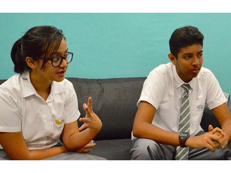 Student Council Communication Team Meets Business Management Team