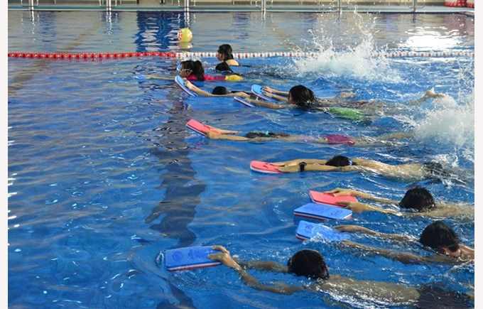 Swimming as a life skill for Primary students (3)
