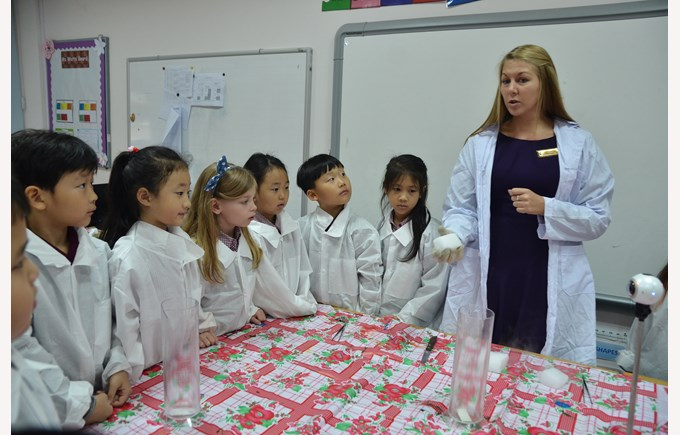 Britist International School Hanoi - Science Week