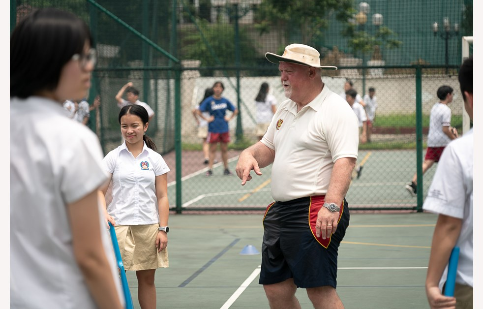 Mike Gatting visited BIS Hanoi