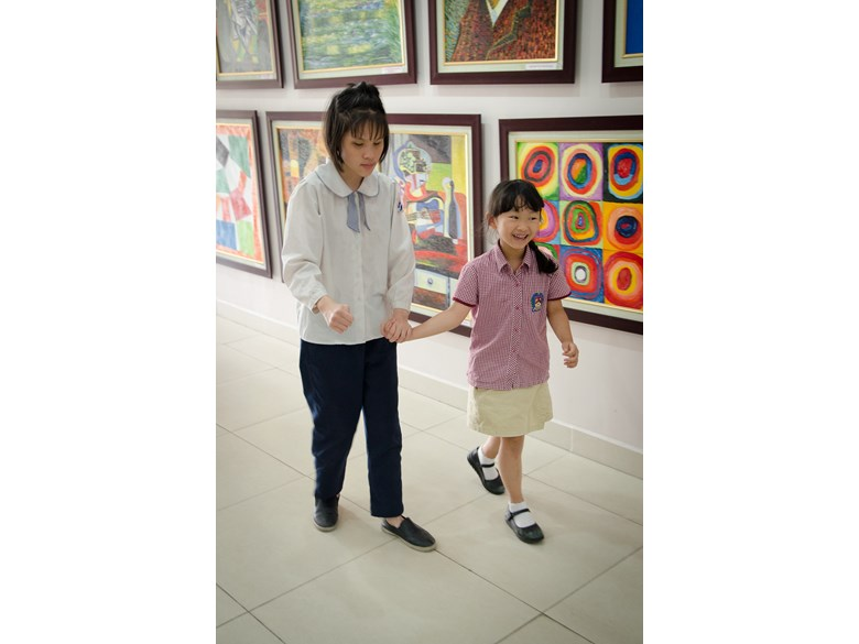 Nguyen Dinh Chieu visit to Year 2_9
