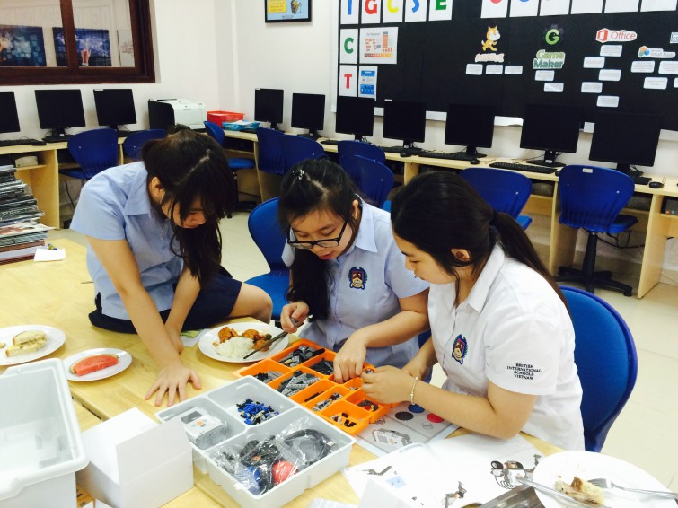 British International School Hanoi Robotic Club (1)