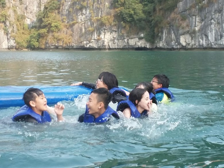 British International School Hanoi Y8 Cat Ba Trip 2018 (28)