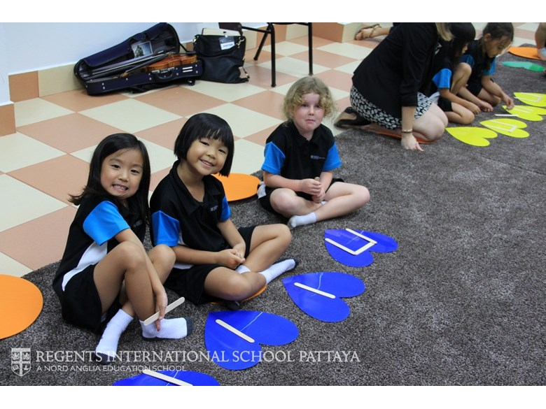 Early Years music lesson - Regents International School Pattaya