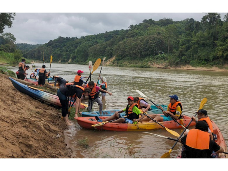Year 9 Laos Trip 2018 Kayak Trip
