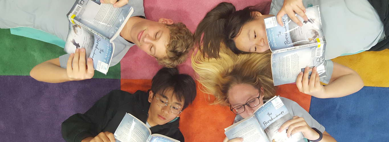Students reading together