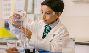 Primary specialist science class