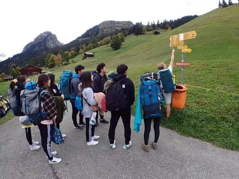 Group 2 Oct 8 Year 13 Switzerland 4