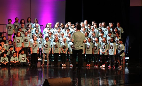 01 Beijing Choral Festival Y3&4 Choir performing at the concert