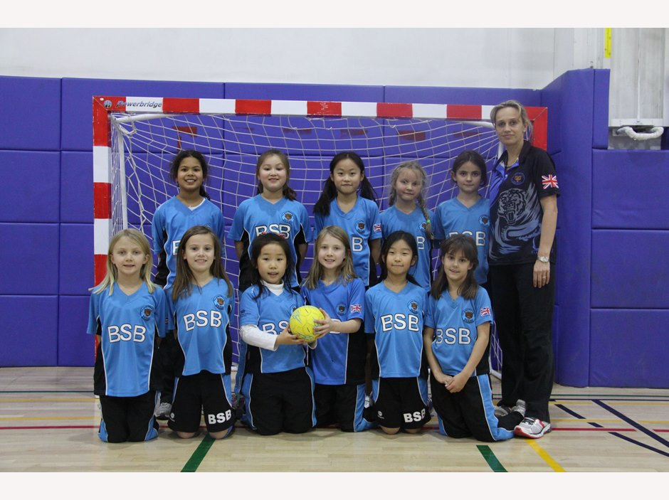 U9 Girls Handball