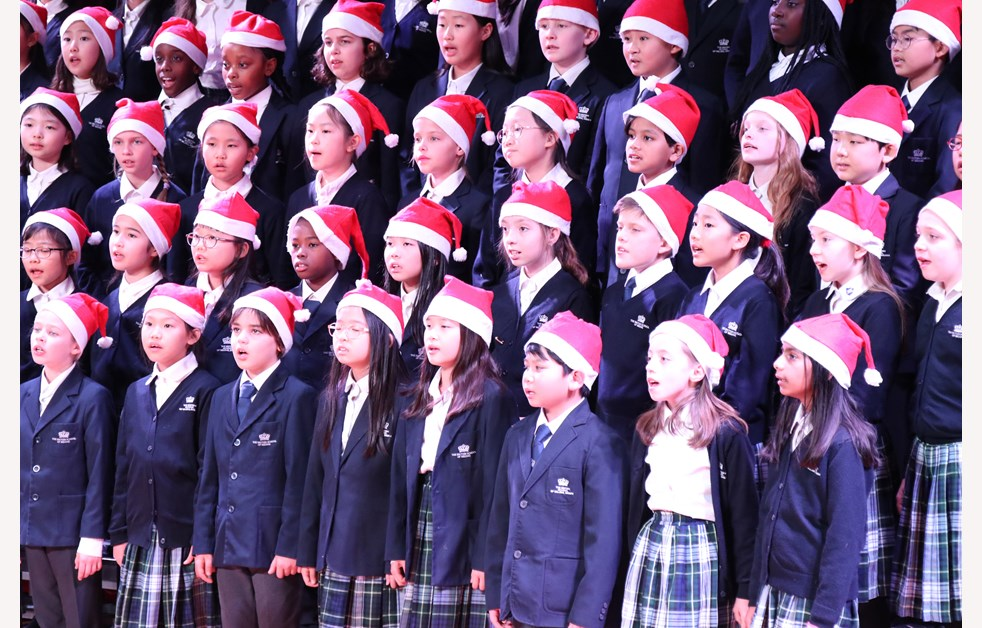 2019 Christmas Fayre Year 5 & 6 Choir