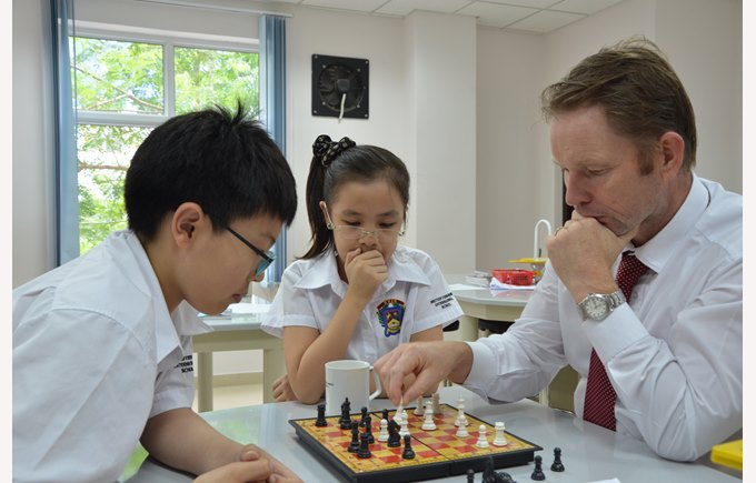BVIS Hanoi Students Experience Clubs Activities (4)