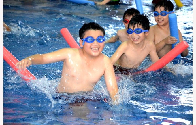 Swimming as a life skill for Primary students (5)