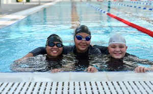 Nord Anglia Al Khor - Students in swimming pool