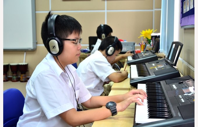Effect of music on the bilingual brain (1)