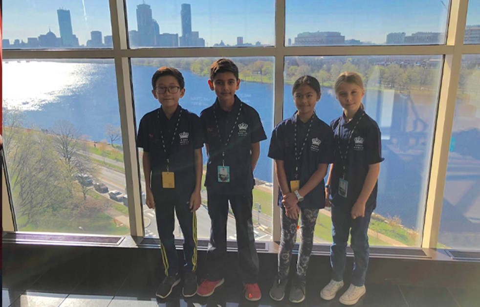 Year 5 MIT Steam Students in Boston
