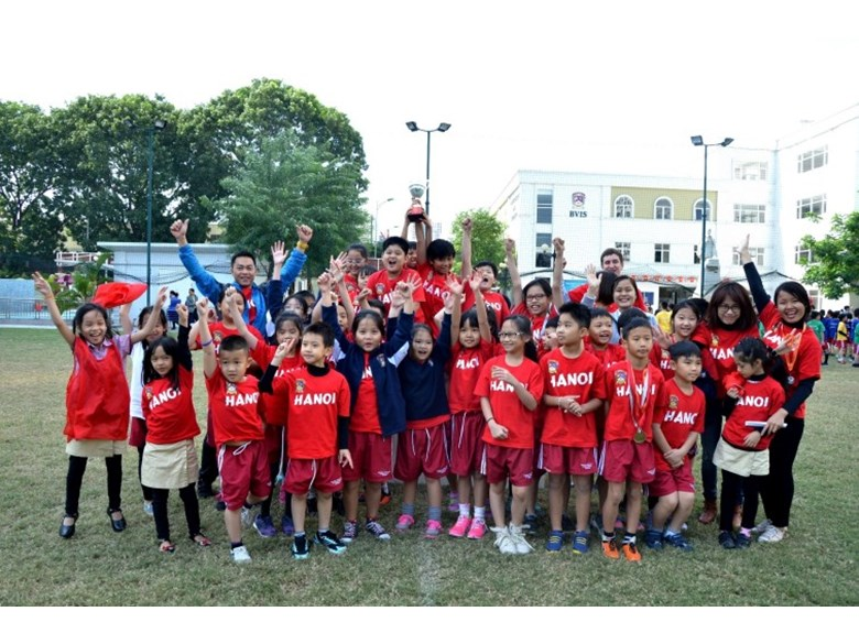 BVIS Hanoi sports day KS2 20151211 (43)
