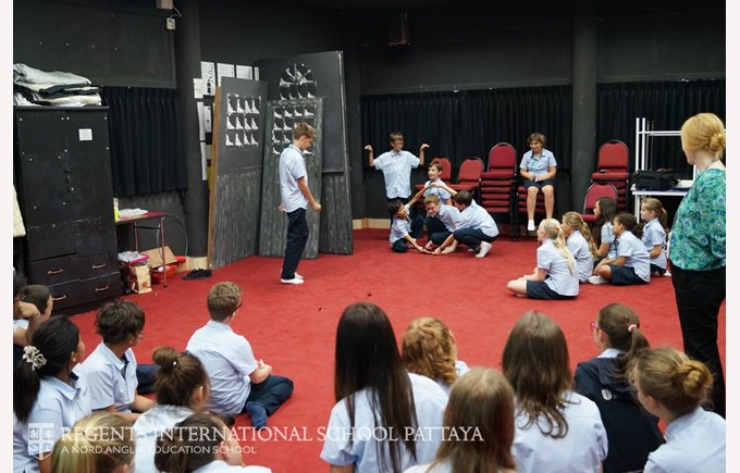 A Drama lesson in Physical Theatre - Regents International School Pattaya