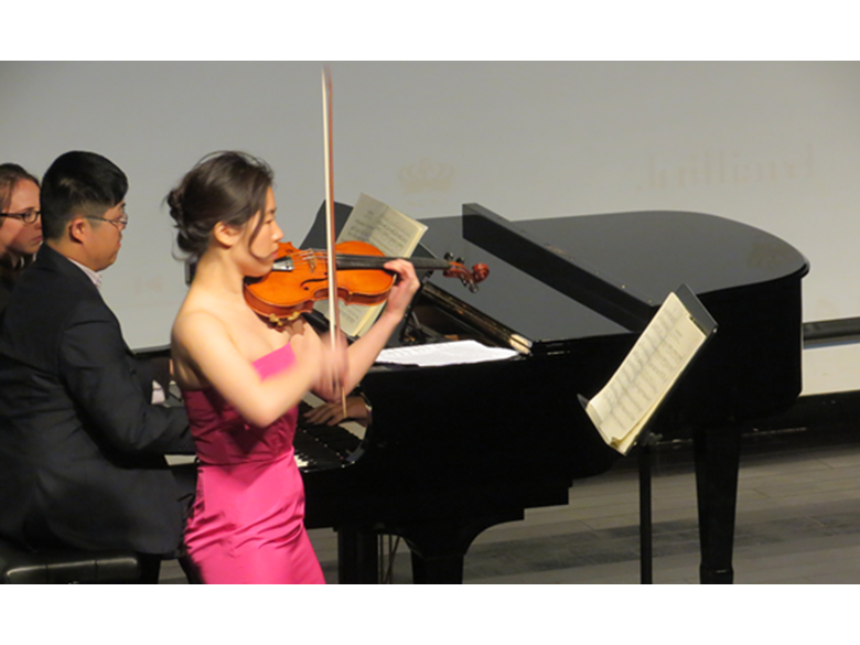 Juilliard alumni Stephanie Song and Peng Peng Gong perform at the British International School Shanghai Puxi