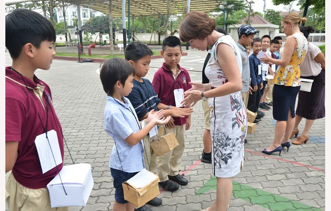 British International School Hanoi year 5 evacuees