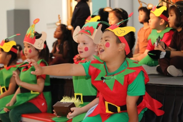 Year 1 Christmas Production (14)