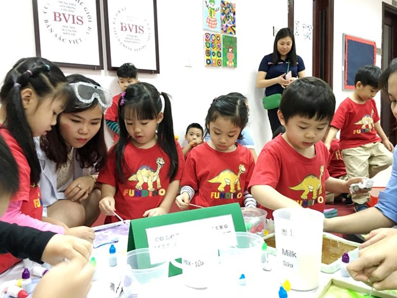 BVIS Hanoi International Early Years School - Science day (4)