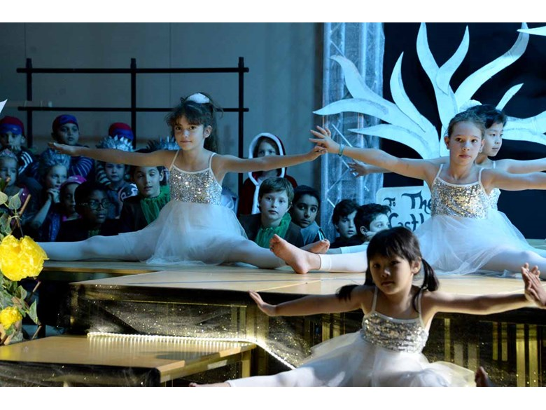 Rayyan Production - Snow Queen