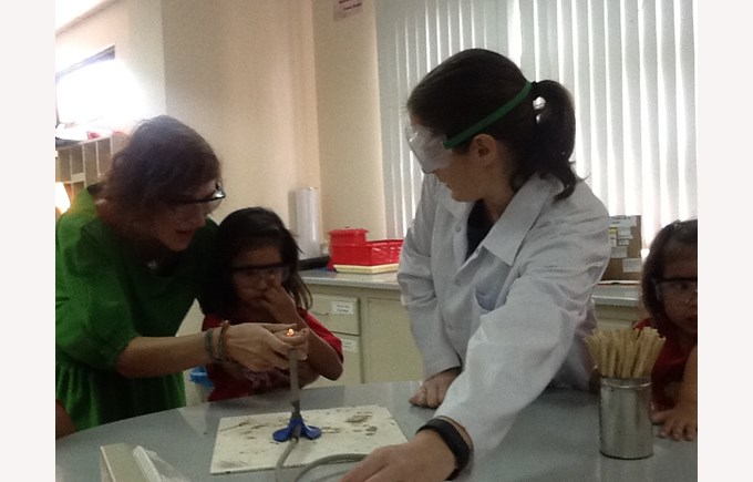 F2 Visit to Secondary Science (9)