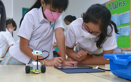 Dover Court International School Singapore, Dover Court Year 6 Mission MOXIE STEAM MIT